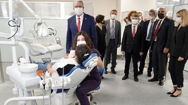 EÜ Diş Hekimliği Fakültesi Ağız ve Diş Sağlığı Merkezi hizmete açıldı