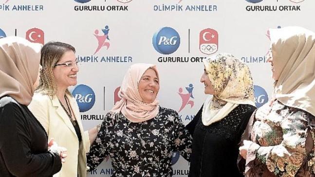 P&G'nin Olimpik Anneleri İbrahim Çolak'a destek için buluştu