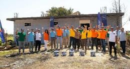 Marshall'dan Manavgat'ta yangın sebebiyle hasar gören yaşam alanlarına boya desteği